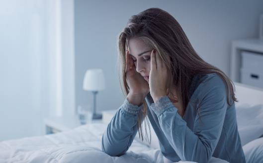 睡不着成为大多数人的最痛 5件事睡前一定不能做【流